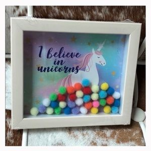 NWT unicorn Pom Pom decorative wall Sign 5 x 6 in